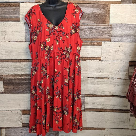 torrid Dresses & Skirts - Torrid Floral Red Dress sz 2